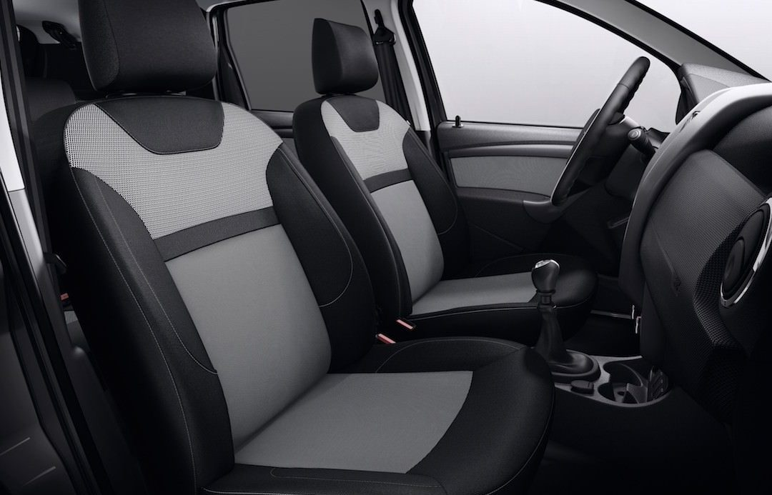 dacia-duster-black-touch-2